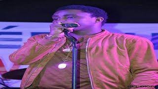 Download Wally B. Seck - Pot pourri Youssou Ndour MP3 song and Music Video