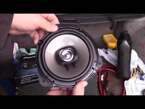 1997-2002 (First Generation) Subaru Forester New FRONT Speakers Installed!