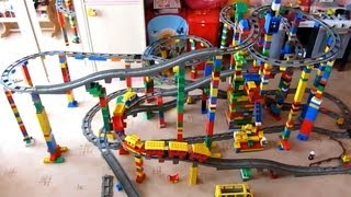 LEGO DUPLO TRAIN on MEGA circuit - ...