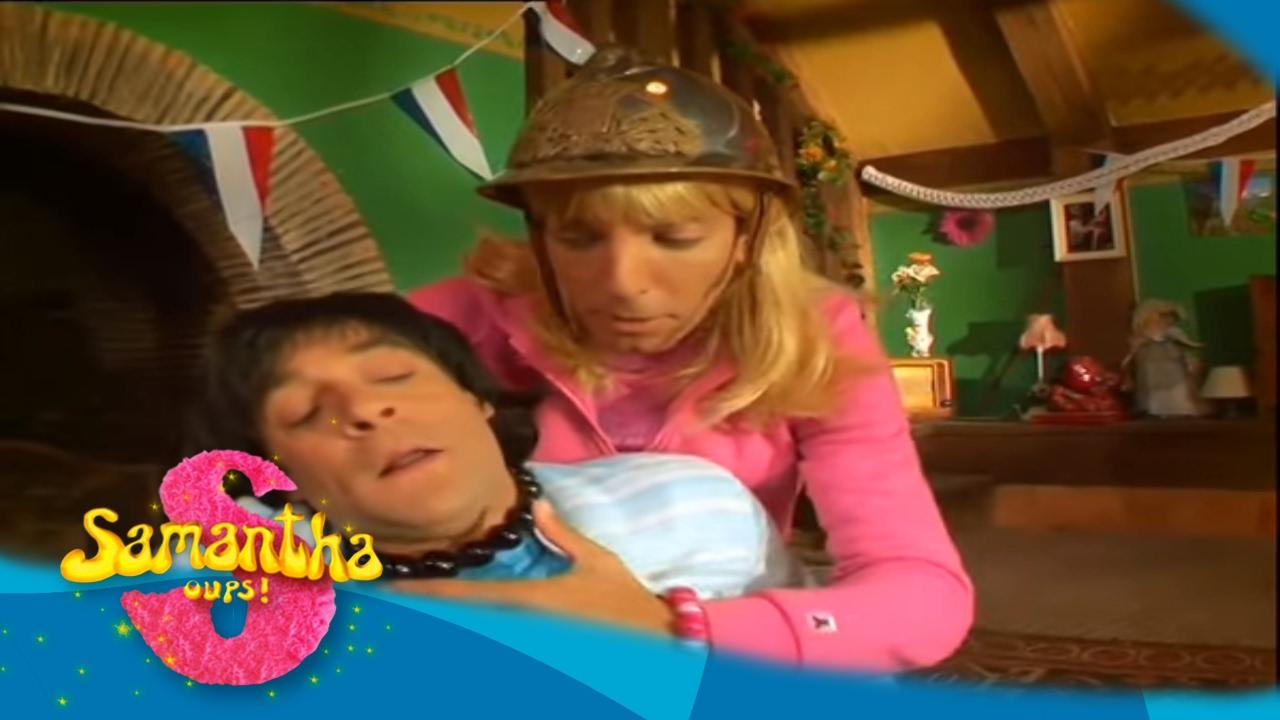 Samantha pr pare le 14 juillet samantha oups au g te youtube - Samantha oups sur le banc ...