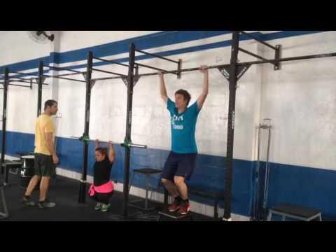 Bastidor: Fábio Porchat encara treino pesado ao lado de Juliana