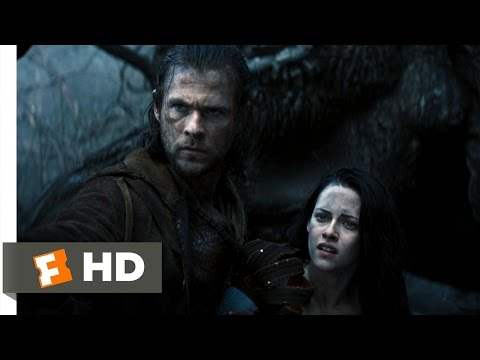 Snow White and the Huntsman (4/10) Movie CLIP - The Huntsman Betrayed (2012) HD