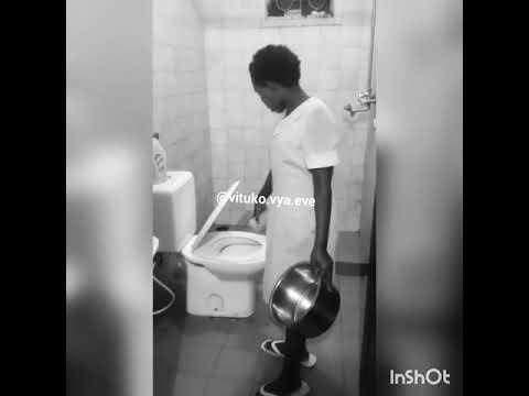Download mdogo wake ebtoke Cheka kidogo mwone mwanadada huyu alivyo mshamba