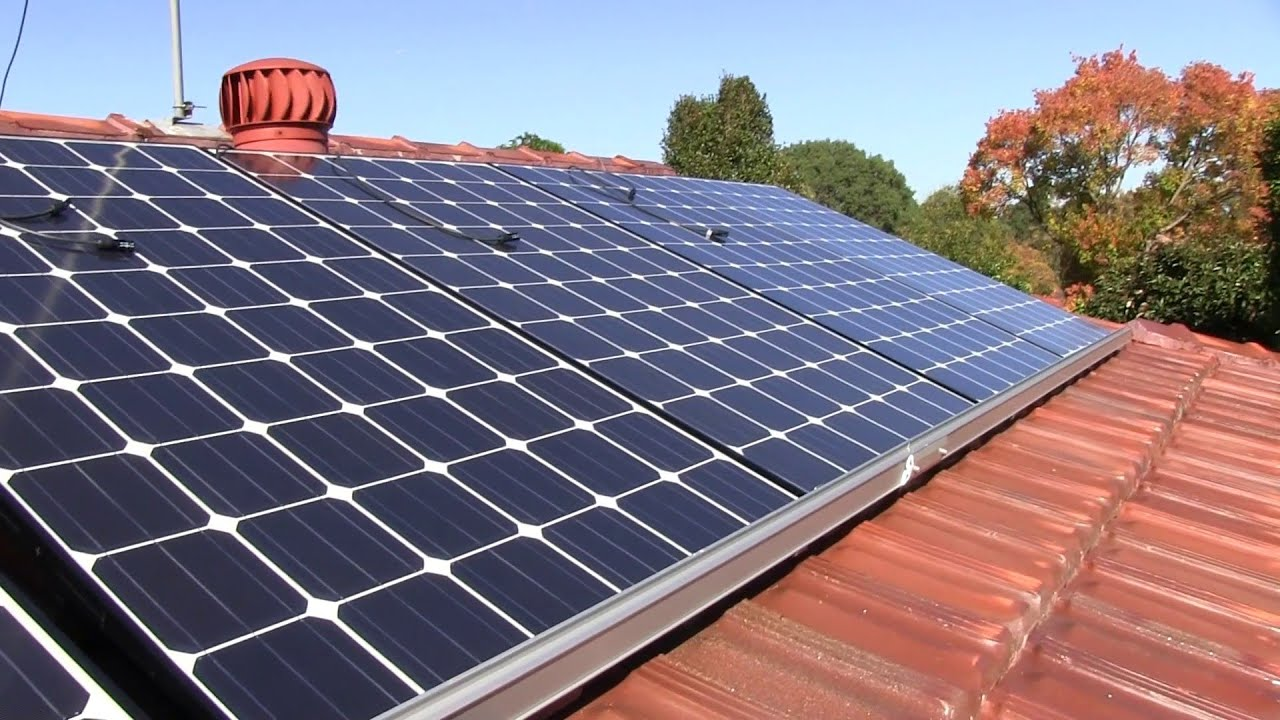 EEVblog #484 - Home Solar Power System Installation - YouTube