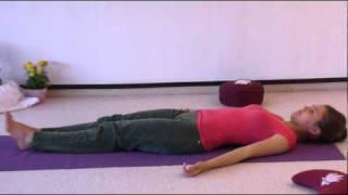 Yogastunde für vollständige Anfänger 56 Minuten