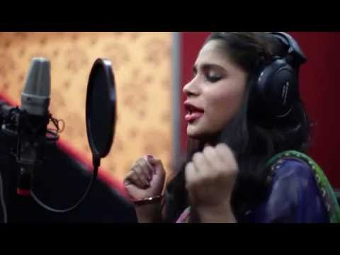Justin Girls Giving Tribute To Noor Jehan Goes VIRAL!