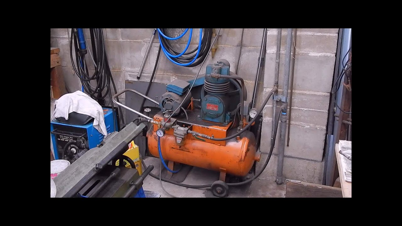 air compressor water removal