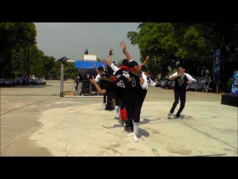 EXO Wolf dance cover Live @ SMAN1Sumber (by Howler)