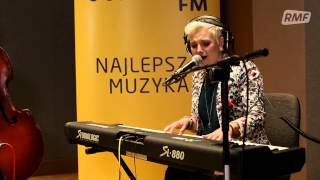 Elaiza - Is It Right (Poplista Plus Live Sessions)