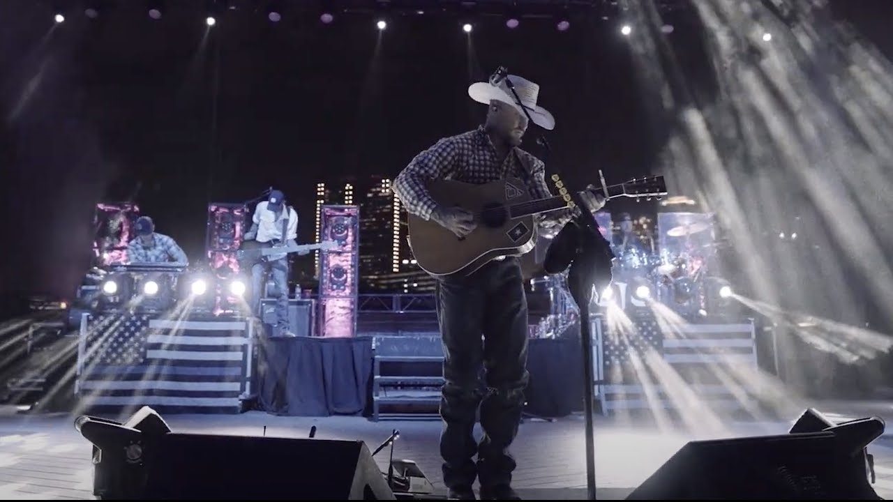 Cody Johnson - 'Til You Can't (Live From The Stage)