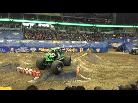 Grave digger freestyle backflip new format Des Moines Iowa. #teamdigger