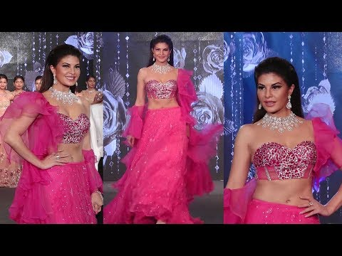 Jacqueline Fernandes Looked Beautiful In Pink Elegant Bridal Wear On Ramp Of Bridal Junction Show Mp3