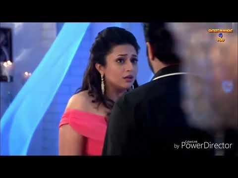 Divyanka Tripathi love making scene