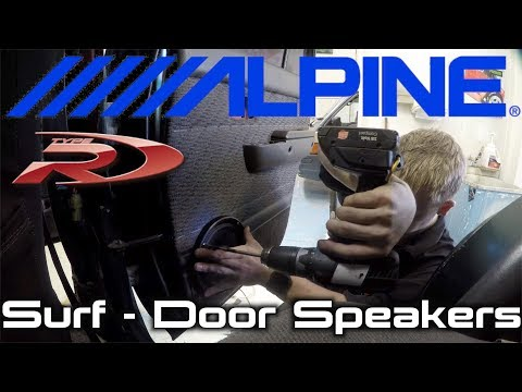 Installing Door Speakers into a Toyota Hilux-Surf. Oh and a stereo.