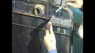 Приспособление для ремонта трещины в площадке радиатора