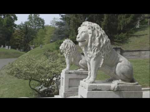 Kärcher reinigt Grabmäler auf berühmtem New Yorker Friedhof