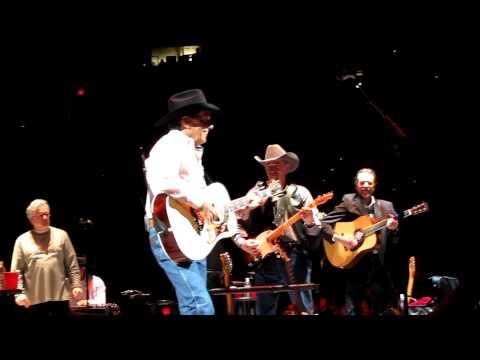 George Strait-Troubador(Live) Portland, Oregon 3-26-10