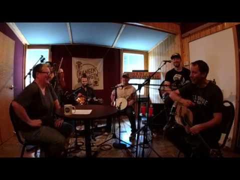 Hangin' & Sangin': Yonder Mountain String Band // The Bluegrass Situation