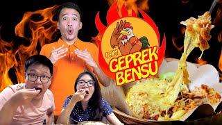 Download Video AYAM GEPREK BENSU Keju Leleh !!! MP3 3GP MP4