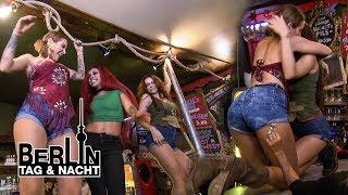 Heiße Dancemoves für viel Trinkgeld! 💰🔥 #2063 | Berlin - Tag & Nacht