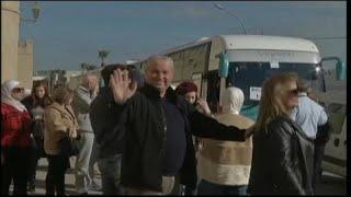 سياح سوريون يصلون تونس من دمشق في أول رحلة جوية منذ سنوات…