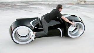 全球僅5臺的摩托車,沒有輪轂卻跑的飛快,只有趴著才能開 Video