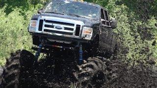 MONSTER TRUCK Ford F-550 Mud Bogging at Stampers Mud Bog