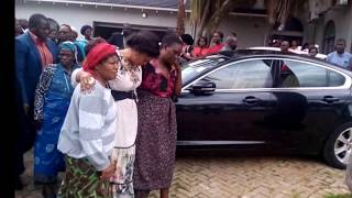 DEVASTATED ELIZABETH TSVANGIRAI ARRIVES FOR FUNERAL