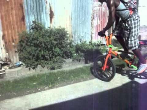 biker skills in vieux-fort  (malahkee)