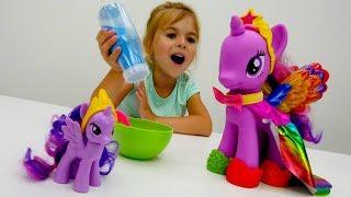 Литл Пони: приключения Искорки. Игрушки Пони - Мультики для девочек