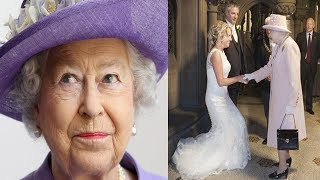 After A Couple Invited The Queen To Their Wedding, They Were B…