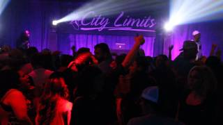 Ying Yang Twins- Whistle While You Twurk/Wait (Whisper Song) LIVE at City Limits 4/1/15