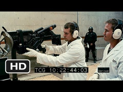 District 9 #2 Movie CLIP - Gathering Alien Weapons (2009) HD