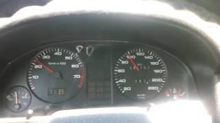 Ауди 80 ШОК 2500 оборотов на тахометре при 100 км/ч