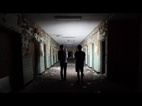 Abandoned HAUNTED Mental Hospital AT NIGHT w/ Dan Bell (Pt. 1)