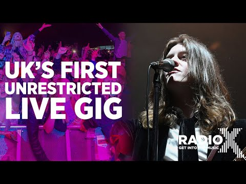What Happened At The UK's First Unrestricted Gig With Blossoms | X-PLORED | Radio X