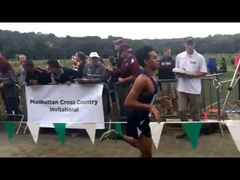 The finish of boys C race at the 2016 Manhattan Invitational