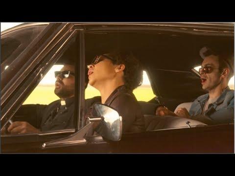 Preacher S2E1 - Car chase