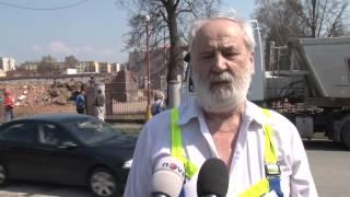 Odstřel historického komínu v Rychnově nad Kněžnou, 22. dubna 2013