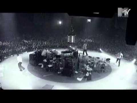 Beastie Boys - So Watcha Want (Live)