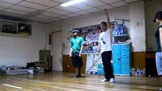 Gambar cover Luke and Daniel vs. Gene Pao and Gian (freestyle battle)