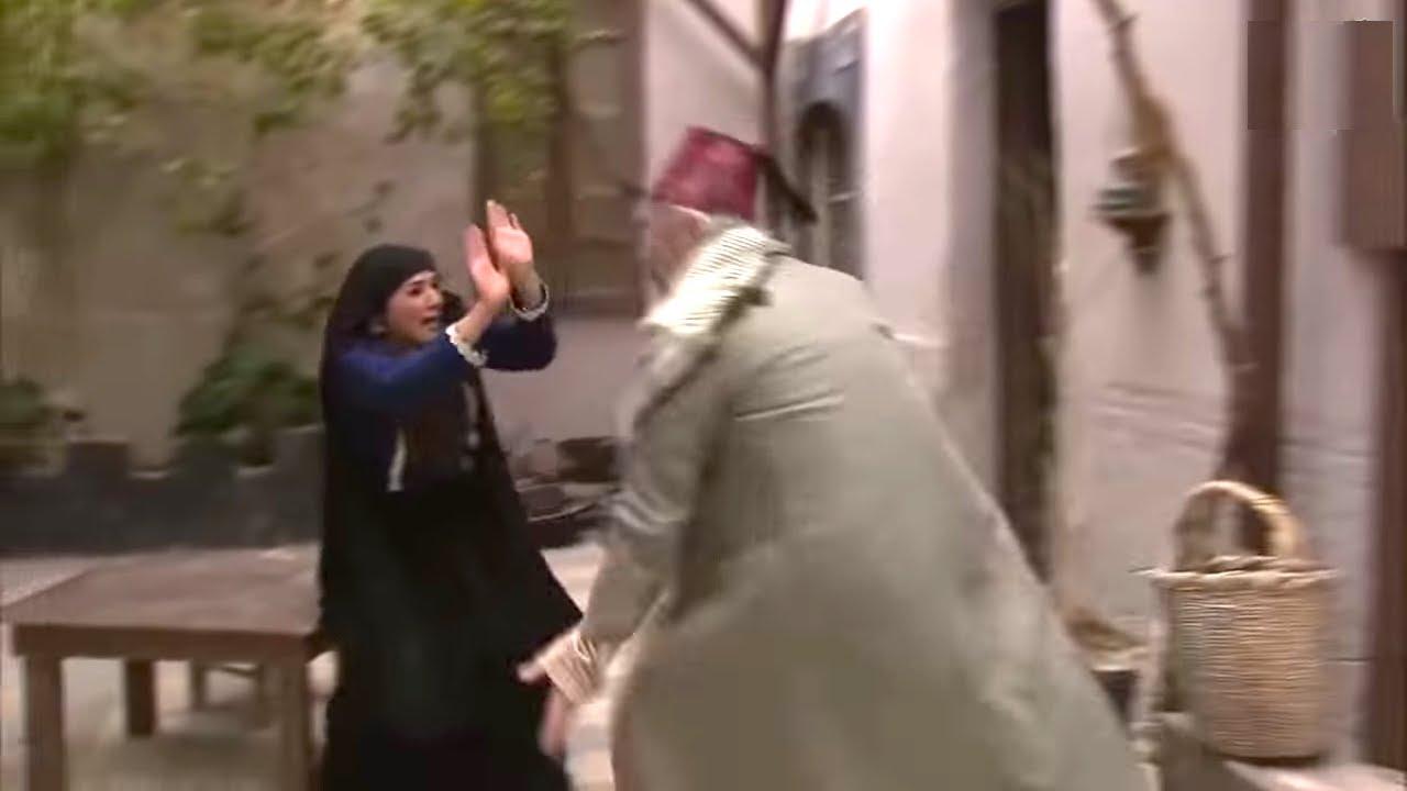 ابو نجيب ضرب مرته الجديدة وقلعها ليش تطلب موز وتفاح راحت تشكي للمختار وعلق مع ابنها