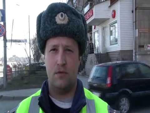 753 экипаж ГИБДД Челябинска. Весёлый тротуар.mpg