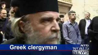 Fight between Armenian and Greek Orthodox in Temple