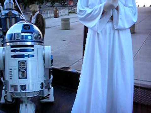 R2 D2 and Princess Leia visit dallas joyner trooper