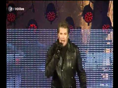David @ Brandenburg Gate (HQ).wmv