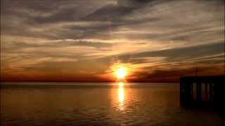 Beautiful Sunset 8 With Relaxing Waves (HD)