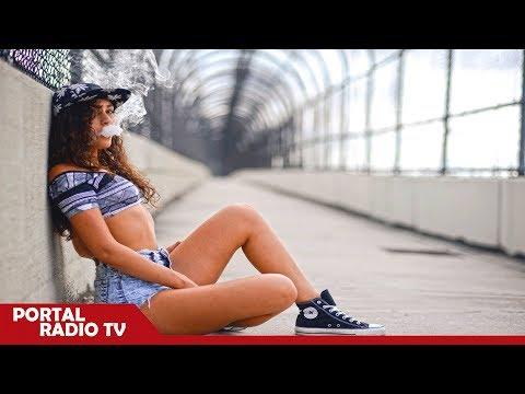 Cardi B Ft. Bad Bunny, J Balvin - I Like It