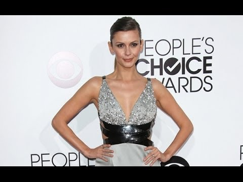 The Vampire Diaries' Olga Fonda is Engaged  See Her Ring on the People's Choice Awards Red Carpet!