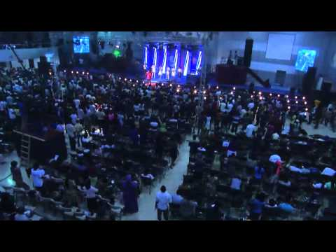 Tosin Bee @ 73 Hours Of Marathon Messiah's Praise